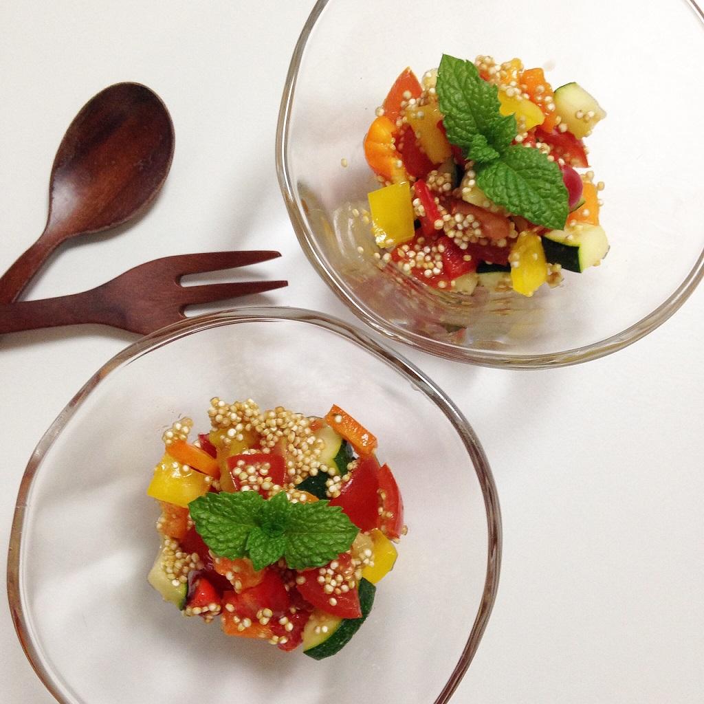 キヌア×ルクマ×たっぷり野菜を使った美肌サラダS